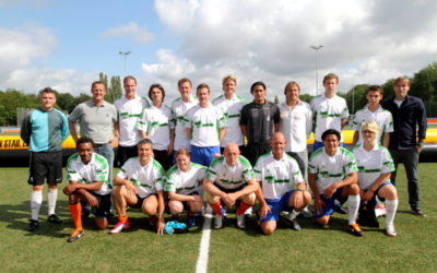 Meer dan voetbal in Akaza sport shirt!