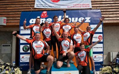 Akaza sport sponsort Steppen tegen kanker!